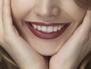 comment lutter contre le relachement de la peau du visage